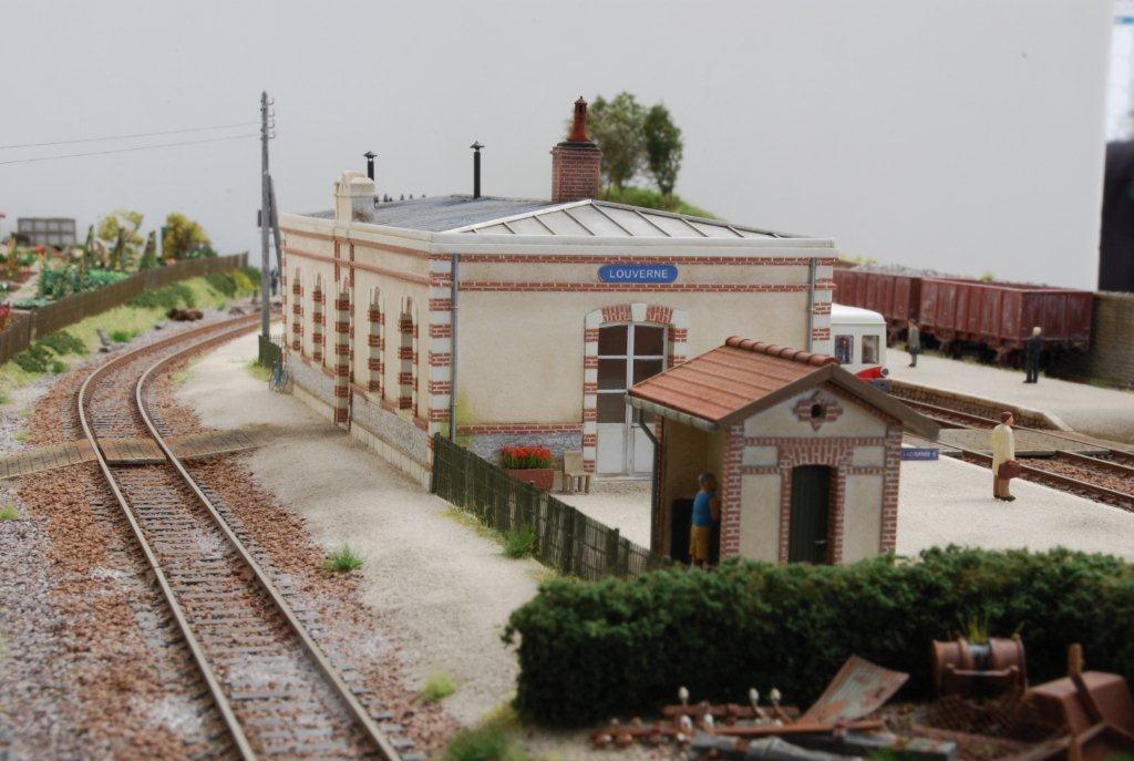 2017-11-01 (04) Gare de Louverné - Roger