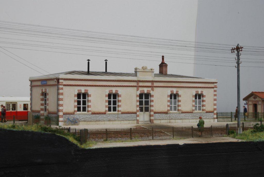 2017-11-01 (05) Gare de Louverné - Roger